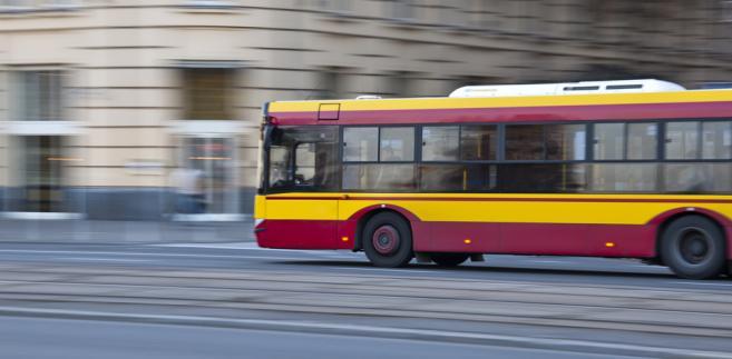 Warszawa jest miastem o najwyższym udziale transportu publicznego w Polsce