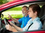 Prawo jazdy: Za oszustwa szkół jazdy płacą kursanci