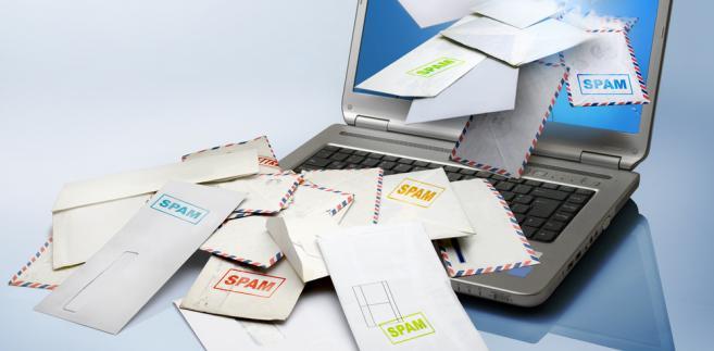komputer-spam-poczta