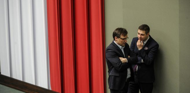 Zbigniew Ziobro i Patryk Jaki podczas posiedzenia Sejmu.