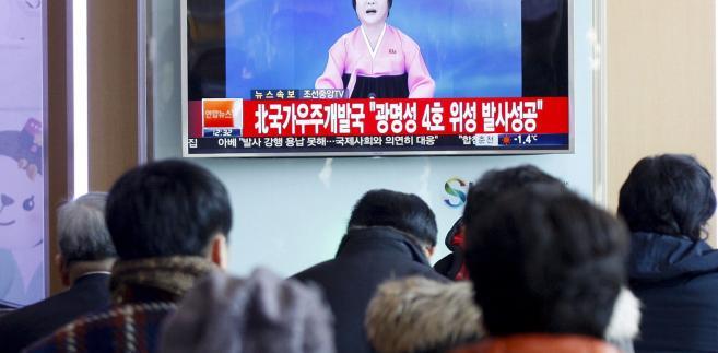 Korea Północna obwieszcza sukces nocnego wystrzelenia rakiety dalekiego zasięgu