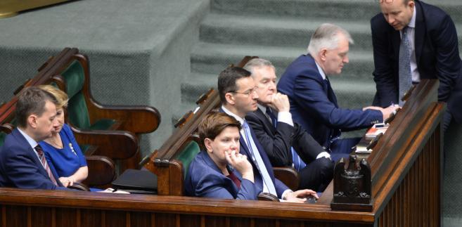 Posiedzenie Sejmu ws. programu 500 +