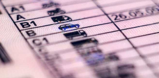 Dożywotnie odbieranie prawa jazdy częściowo odjedzie do lamusa
