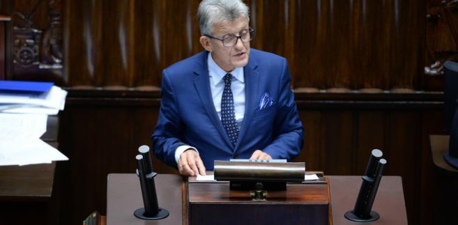 Stanisław Piotrowicz podczas posiedznia Sejmu.