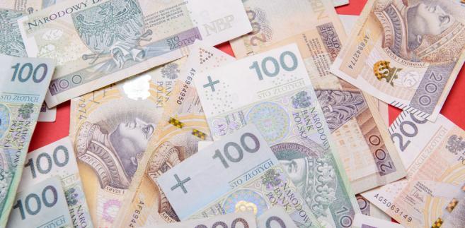 Zdaniem prezesa warszawskiego sądu dyscyplinarnego w kosztach postępowania dyscyplinarnego mieszczą się też koszty wynagrodzeń samorządowych orzeczników