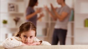 Z przedstawionych przez wiceministra finansów statystyk resortu sprawiedliwości wynika, że część spraw rozwodowych i o separację faktycznie trwa nawet powyżej dwóch lat