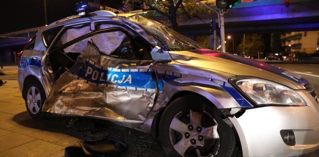 Policja bada zderzenie radiowozu eskortującego kolumnę BOR