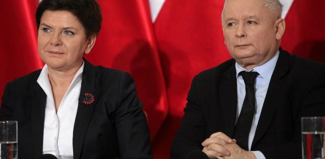 Jeśli Jarosław Kaczyński zastąpi premier Szydło, ster przejdzie w ręce człowieka rozumiejącego państwo i będącego dla własnego obozu autorytetem