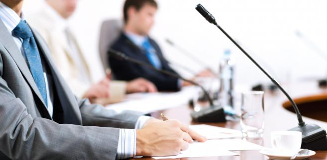Organ nadzoru wskazuje też, że gminna rada seniorów ma charakter konsultacyjny, doradczy i inicjatywny