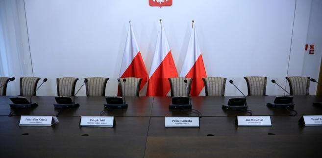 We wtorek komisja rozpoczęła badanie reprywatyzacji kamienicy przy ulicy Łochowskiej 38