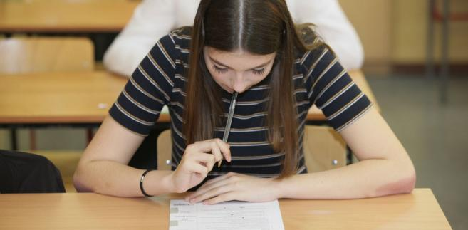 Test ósmoklasisty jest trudniejszy niż gimnazjalny.
