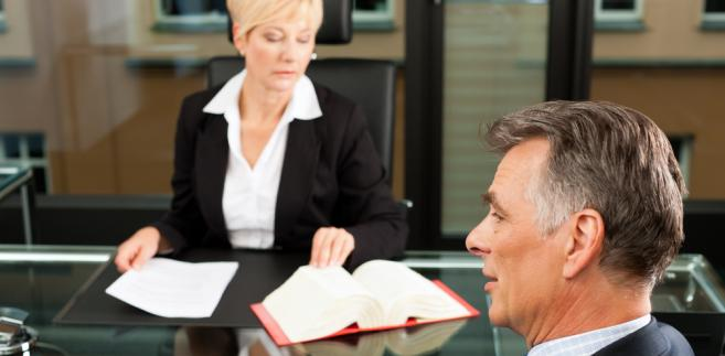 Resort rozwoju chce, by notarialne nakazy zapłaty rejenci doręczali osobiście. Ewentualnie mogliby to robić zatrudnieni w kancelariach pracownicy.