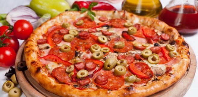 Choć pizza wciąż cieszy się dużym zainteresowaniem, eksperci nie polecają inwestycji w tego rodzaju lokal.