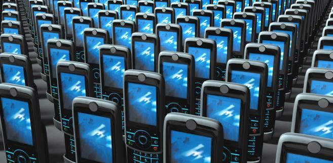 Operatorzy w końcu zostali zmuszeni do odstąpienia od opieszałości w kwestii przenoszenia numeru z sieci do sieci.