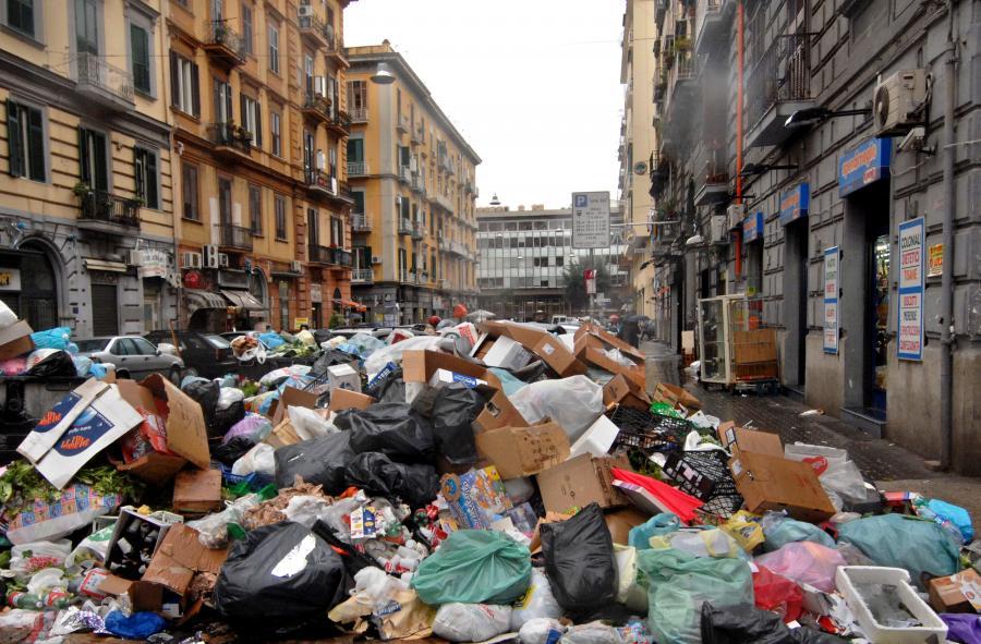 Kryzys śmieciowy w Neapolu - 2008 rok