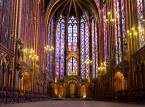 2. miejsce: Sainte-Chapelle (Święta Kaplica) – dwukondygnacyjna kaplica zamkowa położona w centrum dawnej siedziby królewskiej na wyspie Cité w Paryżu. Ufundowana przez króla Francji Ludwika IX jako miejsce pochówku cennych relikwii Chrystusa z koroną cierniową na czele oraz świętych patronów Francji.