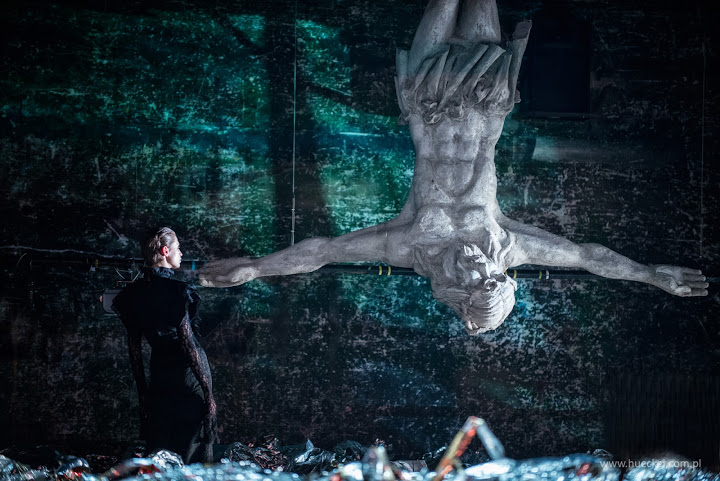 """""""Wesele"""" zdj. Magda Hueckel/Teatr Polski w Bydgoszczy"""