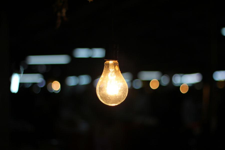 światło, prąd, energia, żarówka