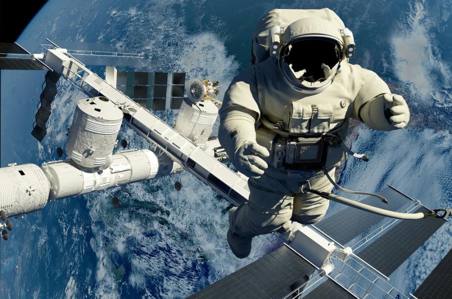 austronauta w kosmosie