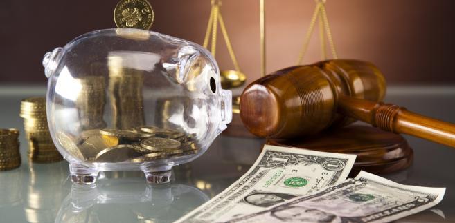 Ile wynoszą opłaty sądowe w sprawach karnych? Czy można być zwolnionym z ich uiszczania?