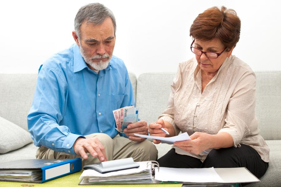 seniorzy rachunki