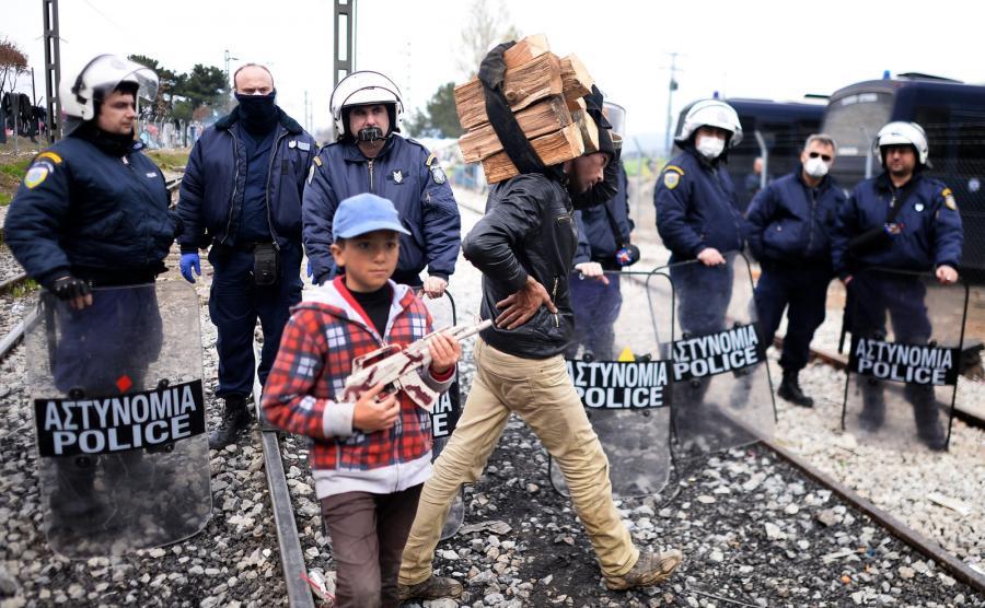 policja imigranci