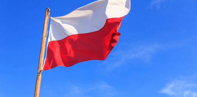 """""""Świętujemy 100-lecie niepodległości Polski i Litwy, świętujemy nasze święta majowe. Cieszymy się, że w dzisiejszym pochodzie są Polacy z różnych środowisk, z całego kraju"""" - powiedział zastępca ambasadora Polski na Litwie Grzegorz Poznański."""