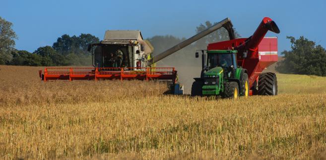 Posłowie podkreślali, że rolnicy z mniejszymi gospodarstwami przy ich powiększeniu muszą płacić podatek. To oznacza, że przepisy ich dyskryminują.