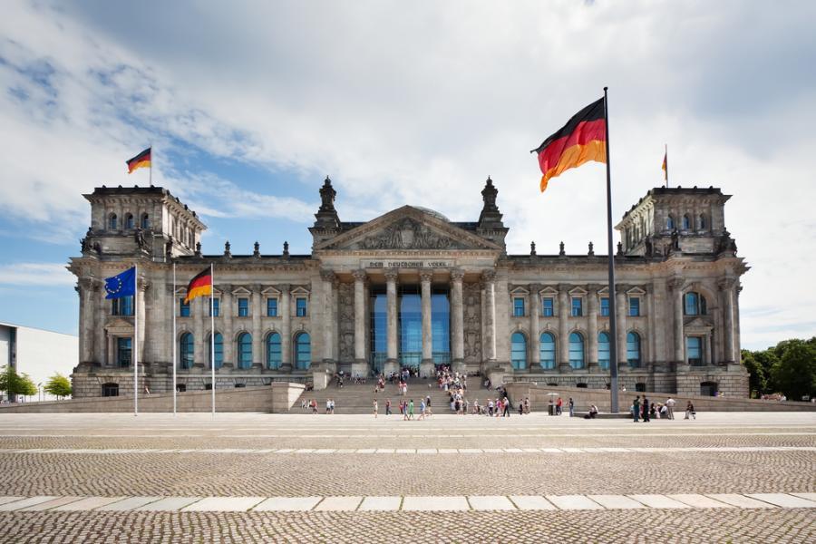 Niemiecki Bundestag fot. Shutterstock.