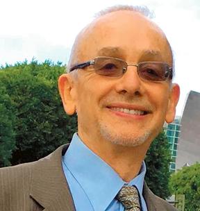 Michael Bazyler, profesor prawa prowadzący sekcję naukową ds. Holokaustu i praw człowieka na Uniwersytecie Chapman
