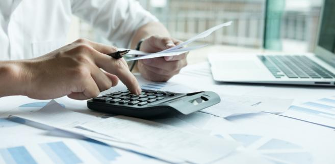 """""""To jest dopiero początek. Istotne mogą okazać się dane co najmniej półroczne i wtedy zobaczymy, jak to przyrasta i jak przedsiębiorcy odzyskują np. VAT. Od liczby podatników ważna będzie też sama wartość"""" - podsumował Zawadzki."""