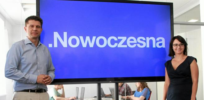 Nowoczesna. Zdjęcie archiwalne z sierpnia 2015 roku. Ówczesny lider Ryszard Petru i rzecznik prasowy Kamila Gasiuk-Pihowicz