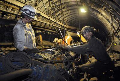 Szyb ma umożliwić eksploatację na tych głębokościach w kopalniach Murcki-Staszic i Mysłowice-Wesoła.