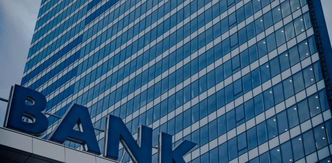 Podatek bankowy wynosi 0,44 procent od wartości aktywów podmiotu