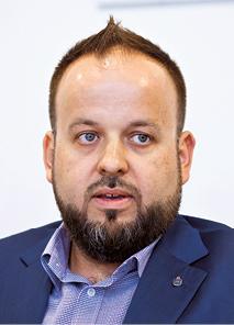 Łukasz Kuc dyrektor biura projektów mobilnych i internetowych w PKO BP