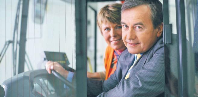 Wstrząsem dla polskiej gospodarki była informacja, że twórcy Solarisa – Solange i Krzysztof Olszewscy – sprzedali firmę hiszpańskiej grupie CAF.