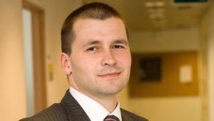Artur Radwan, dziennikarz działu praca