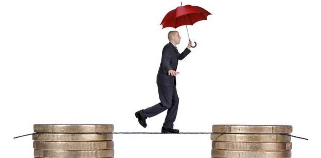 Dzisiejsza sesja z góry zapowiadała się na spokojną przy niewielkiej aktywności inwestorów i taką też była.