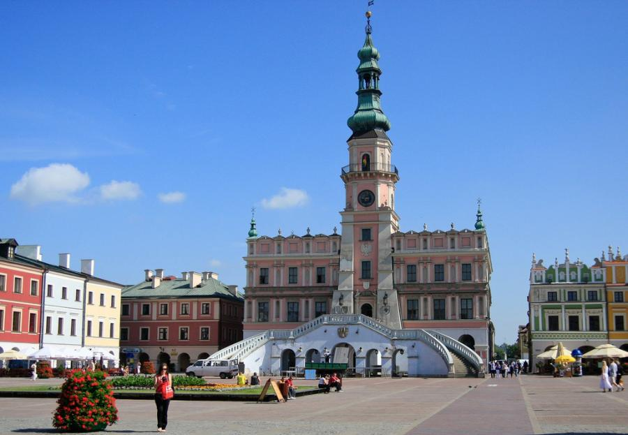 Zamość swoją pozycję na liście polskich zabytków UNESCO znalazł się dzięki znakomicie zachowanej renesansowej zabudowie. Fot.flickr/Ava Weintraub Photography