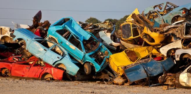 Czym innym jest przywóz samochodów osobowych, a czym innym przywóz towarów, jakimi są samochody na lawecie