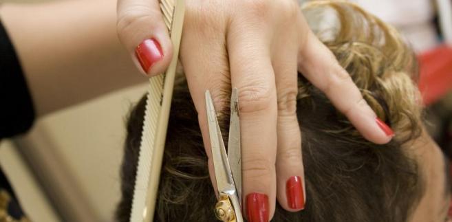 Sprawa dotyczyła fryzjerki, która prowadziła własny zakład