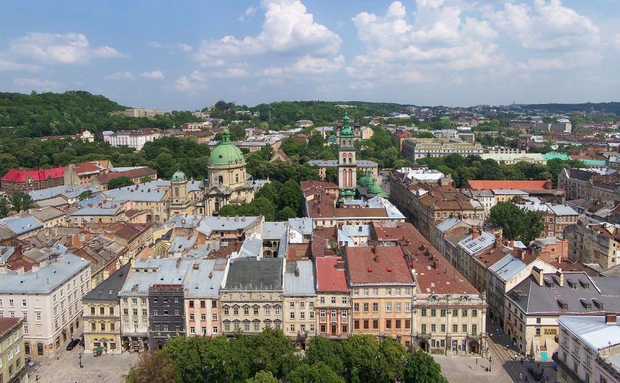 Lwów - widok z wieży ratuszowej, Ukraina
