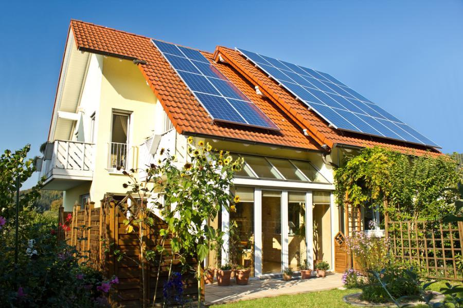 Solary, baterie słoneczne, nieruchomości